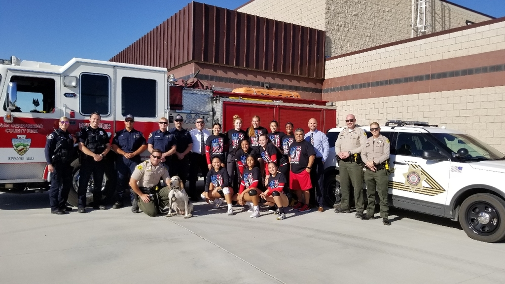After an amazing 9/11 ceremony, which recognized first responders and military personnel, your Lady Bulldogs picked up a big win over Rim of the World. Great job ladies!