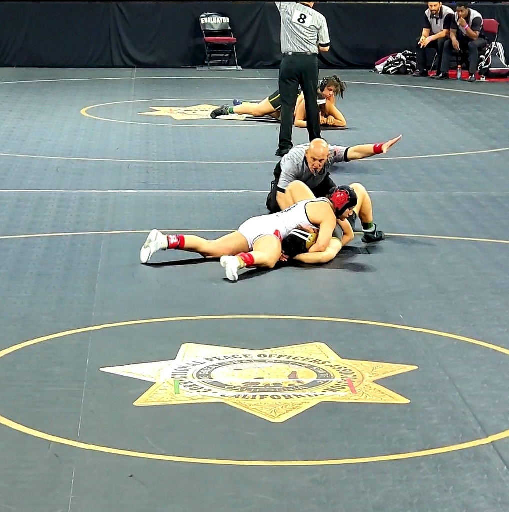 Athena going 2 for 2 on the day! Second match of the day ending once more with a pin! Moving on through the Championship bracket tomorrow.