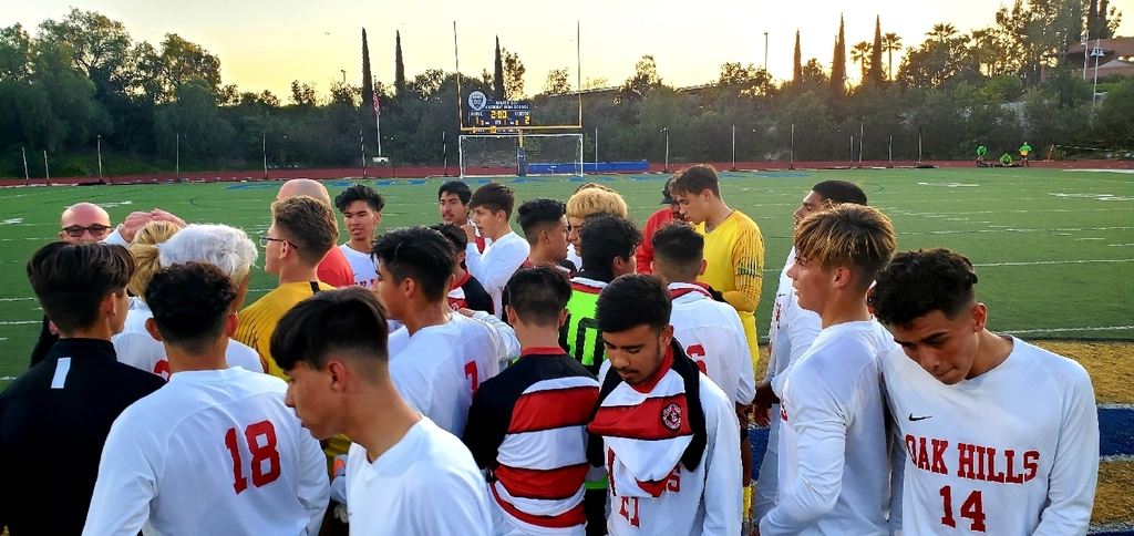 TWO wins in the 1st round of the CIF Soccer Regional Championships! Girls with a 5-1 win @ home over Grossmont of El Cajon. Boys with a 2-1 road win @ Mater Dei of Chula Vista. Thursday: Boys @ home vs Marshall and Girls @ Eastlake of Chula Vista. Let's go Bulldogs!