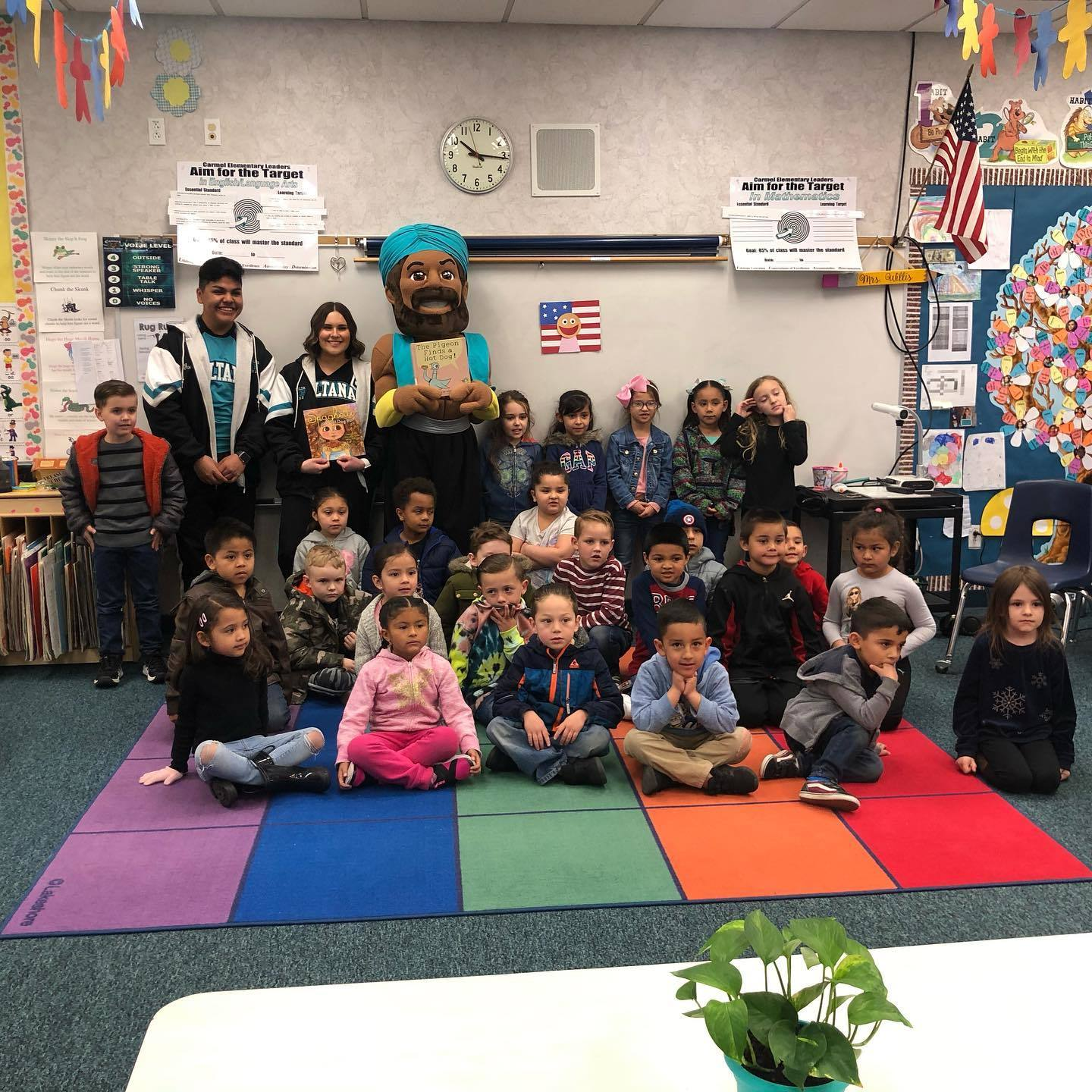 Elementary Students with Sultana Mascot